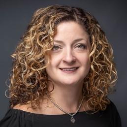 Dr. Robin Apfelbeck, Optometrist